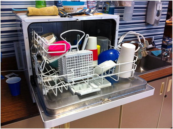 How to Pick a Commercial Dishwasher