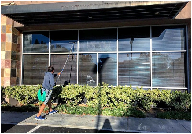 What's the best way to clean your windows?