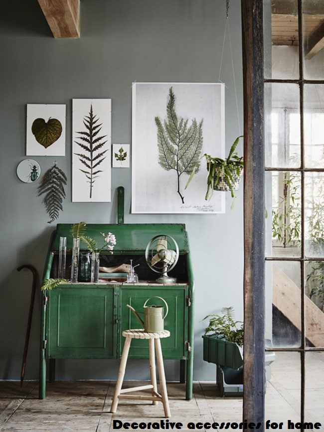 Decorating a studio combining beauty and comfort