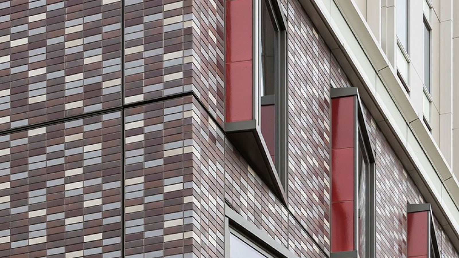 Advantages of the brick cladding2