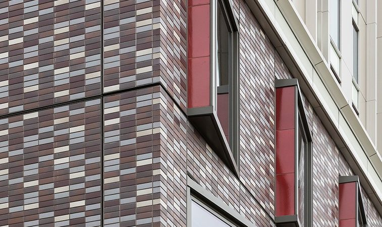 Advantages of the brick cladding