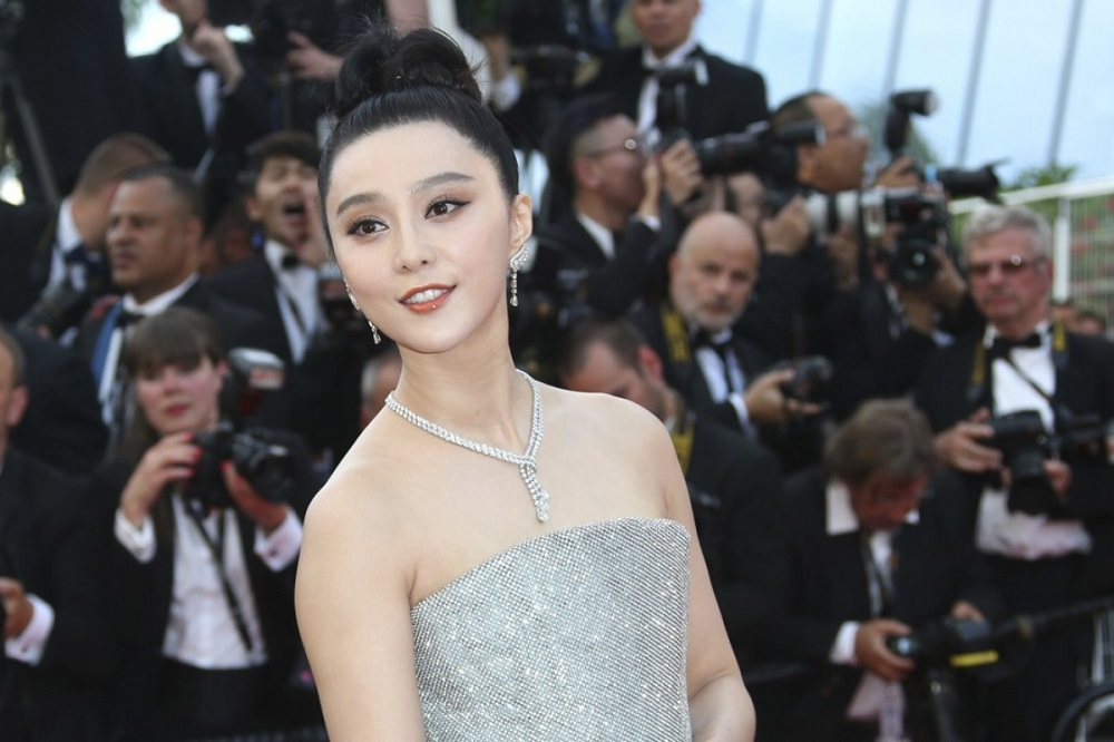 Fan Bingbing Net worth, Bio, A fortune, Plastic surgery, where is it now