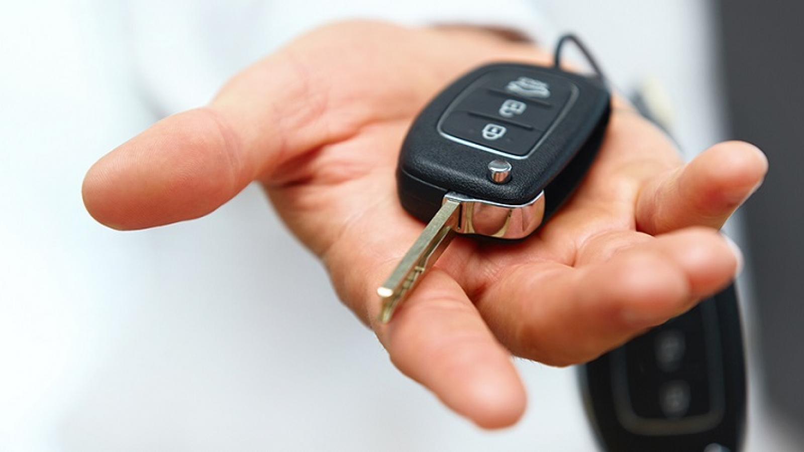 How Transponder Keys Work and How To Replace Them