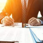 Why Hiring an Accountant Will Save You Money
